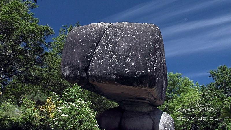 Sidobre : le roc Peyro Clabado
