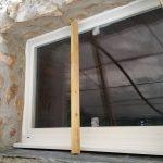 Chambres d'hôtes, vue extérieure de la finition de la fenêtre