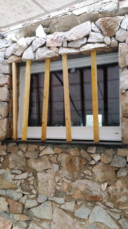 Chambres d'hôtes, vue extérieure de la finition des travaux
