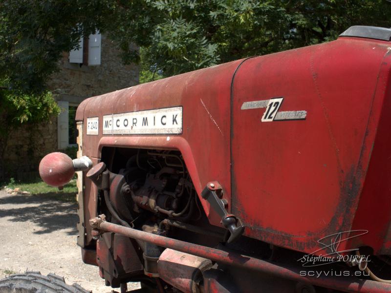 Le tracteur du Relais d'En Lanet