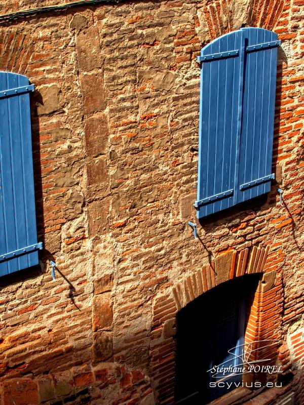 Volets et briques du vieux Albi